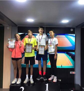 Турнир серии РТТ «Первенство г.Донской» среди юношей и девушек до 15 лет по теннису