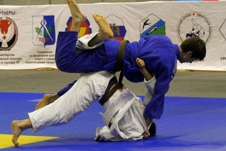Всероссийские соревнования памяти М.Калашникова среди юниоров по дзюдо