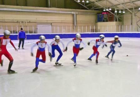 II этап межрегиональных соревнований (ПФО, ЮФО) среди юношей и девушек старшей и средней возрастных групп по шорт-треку