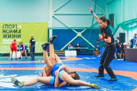 Всероссийские соревнования среди девушек до 18 лет по вольной борьбе