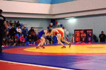Всероссийские соревнования среди девушек по женской борьбе
